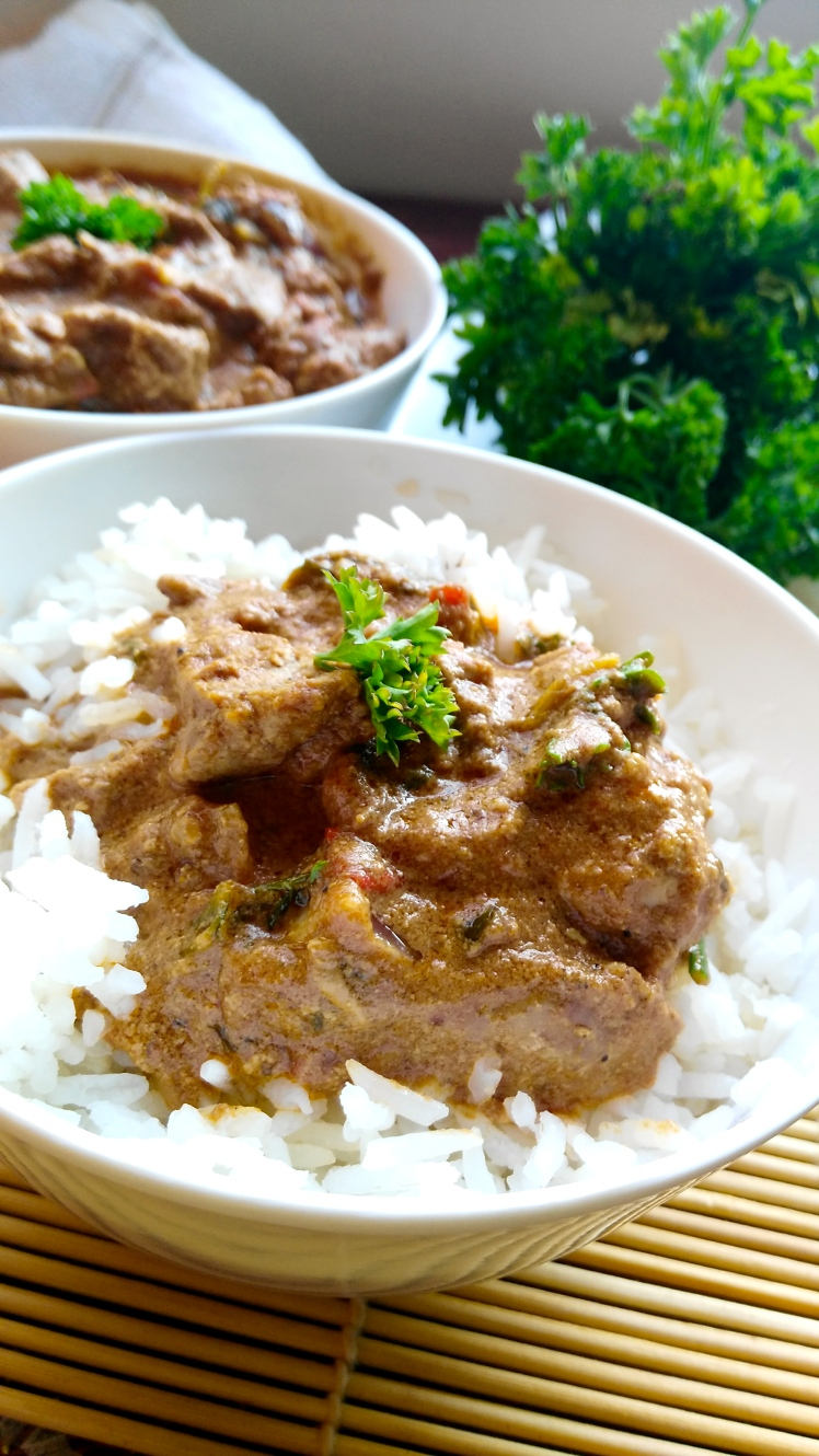 the kenyan fitness foodie + chicken liver masala